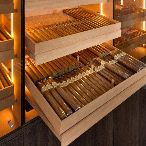Humidor für diverse Zigarren